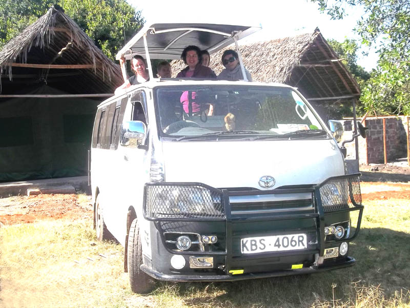 235482fc37 9 seater safari van for hire in Nairobi Kenya